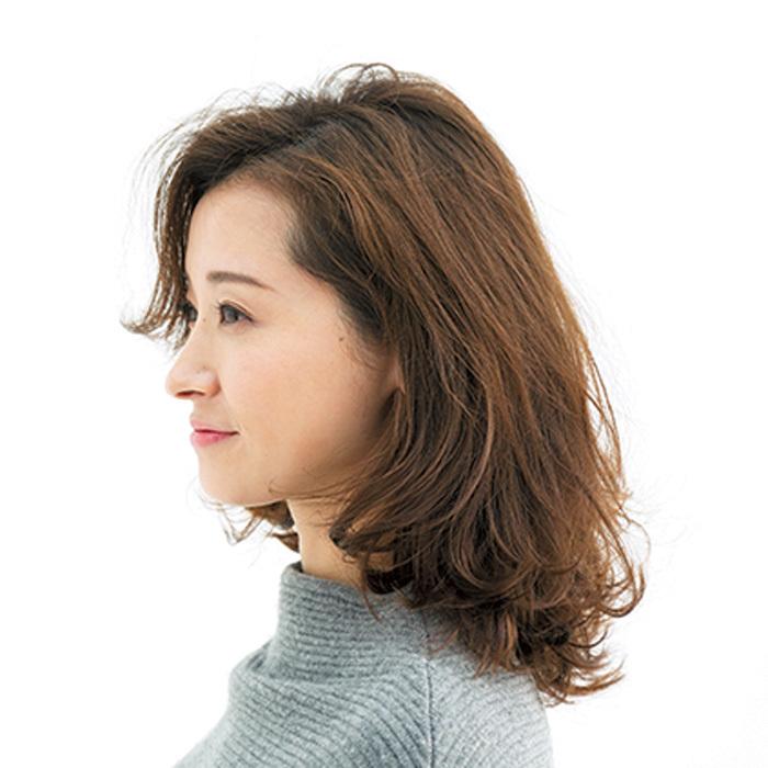 「+ワンテク」で魅せる最新ミディアムスタイル【40代のミディアムヘア】_1_2