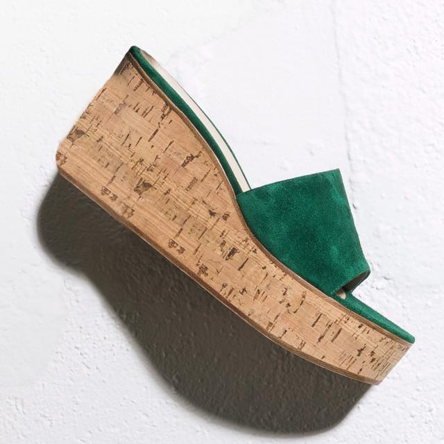 研ぎ澄まされたデザインからエッジーなものまで。「ウエッジソールサンダル」 五選_1_1-5