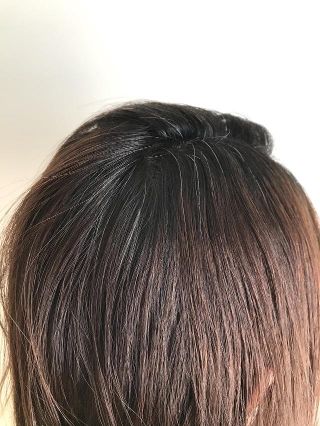 お出かけ前の白髪隠しに便利な1本。初めてのヘアマスカラ体験!_1_4-1