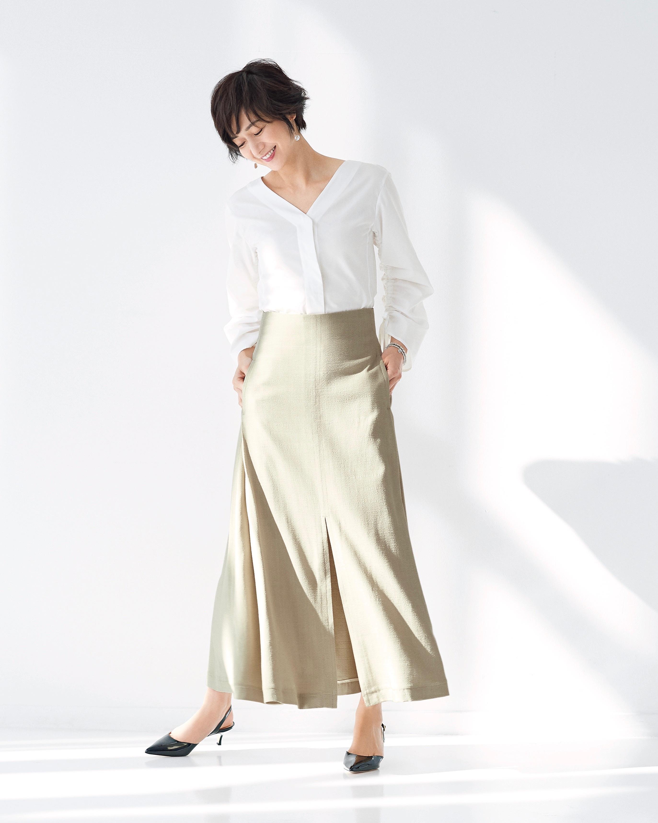 女らしくてとびきり上品! 富岡佳子が着る春の名品_2_1