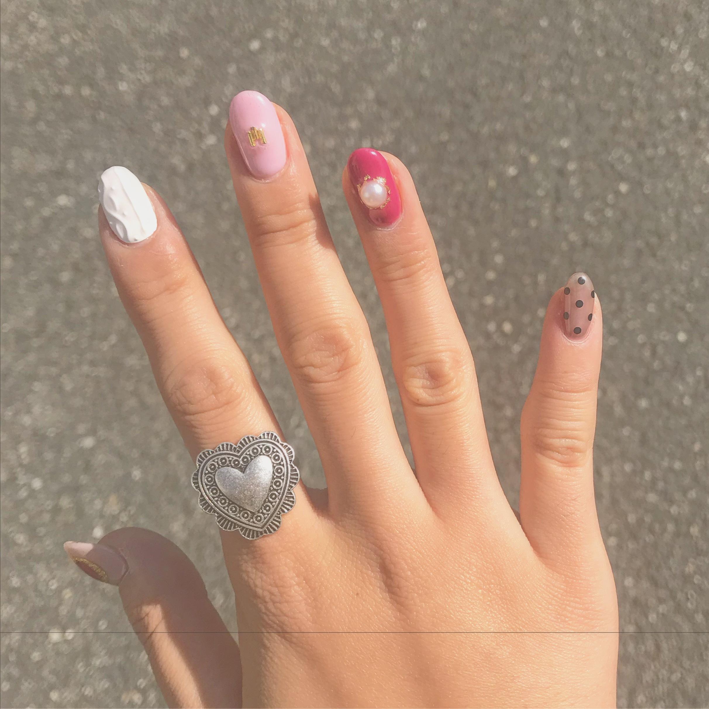 【オシャレは爪先からʕ•̫͡•ʔ♬✧】  この冬におすすめのネイルデザインとは!?_1_3