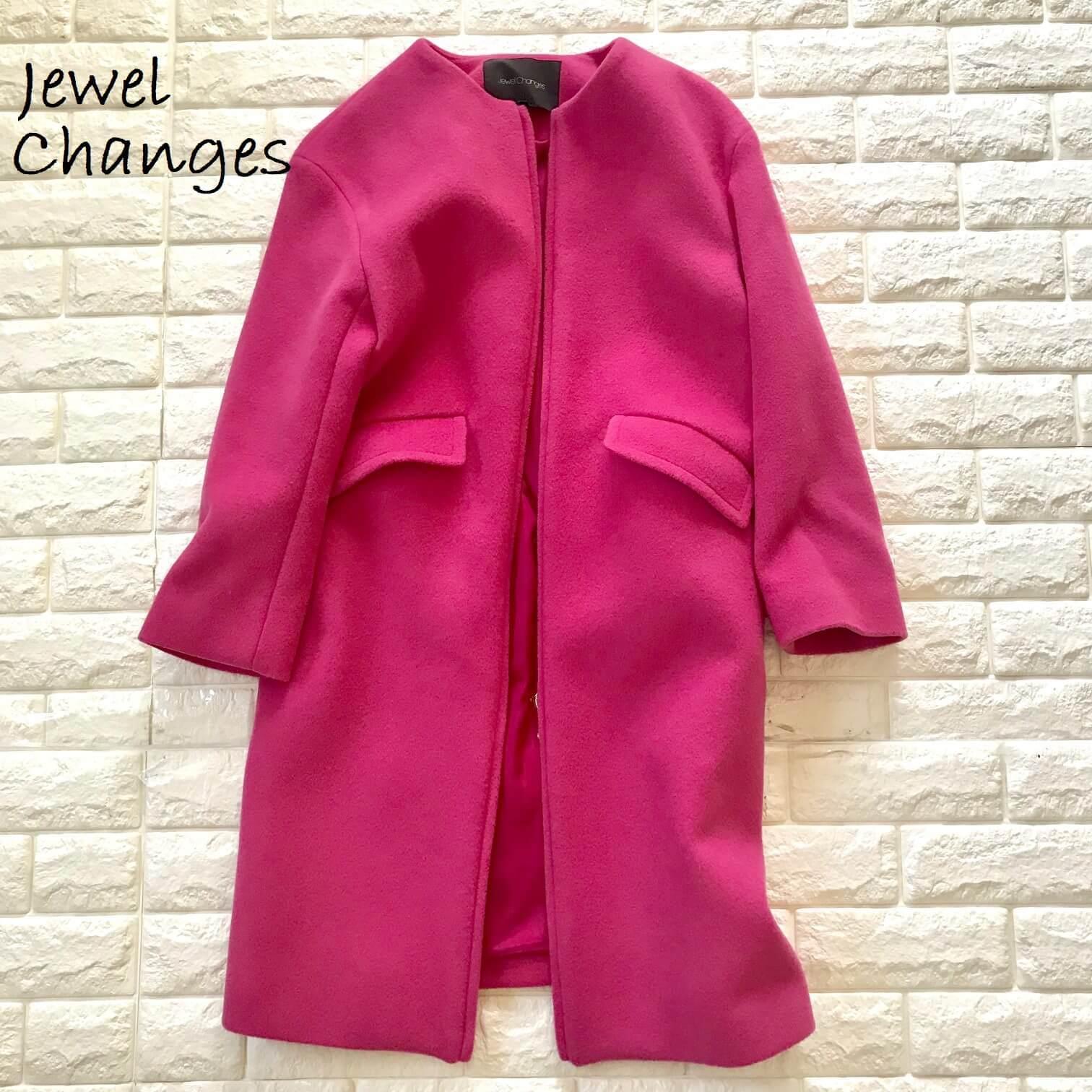 ジュエルチェンジズのピンクのコート画像