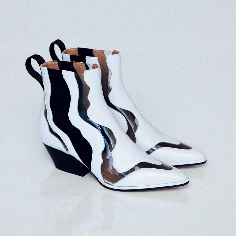 【おしゃれな足元コーデを叶える】2019のトレンドが詰まった「春靴」ガイド30_1_43