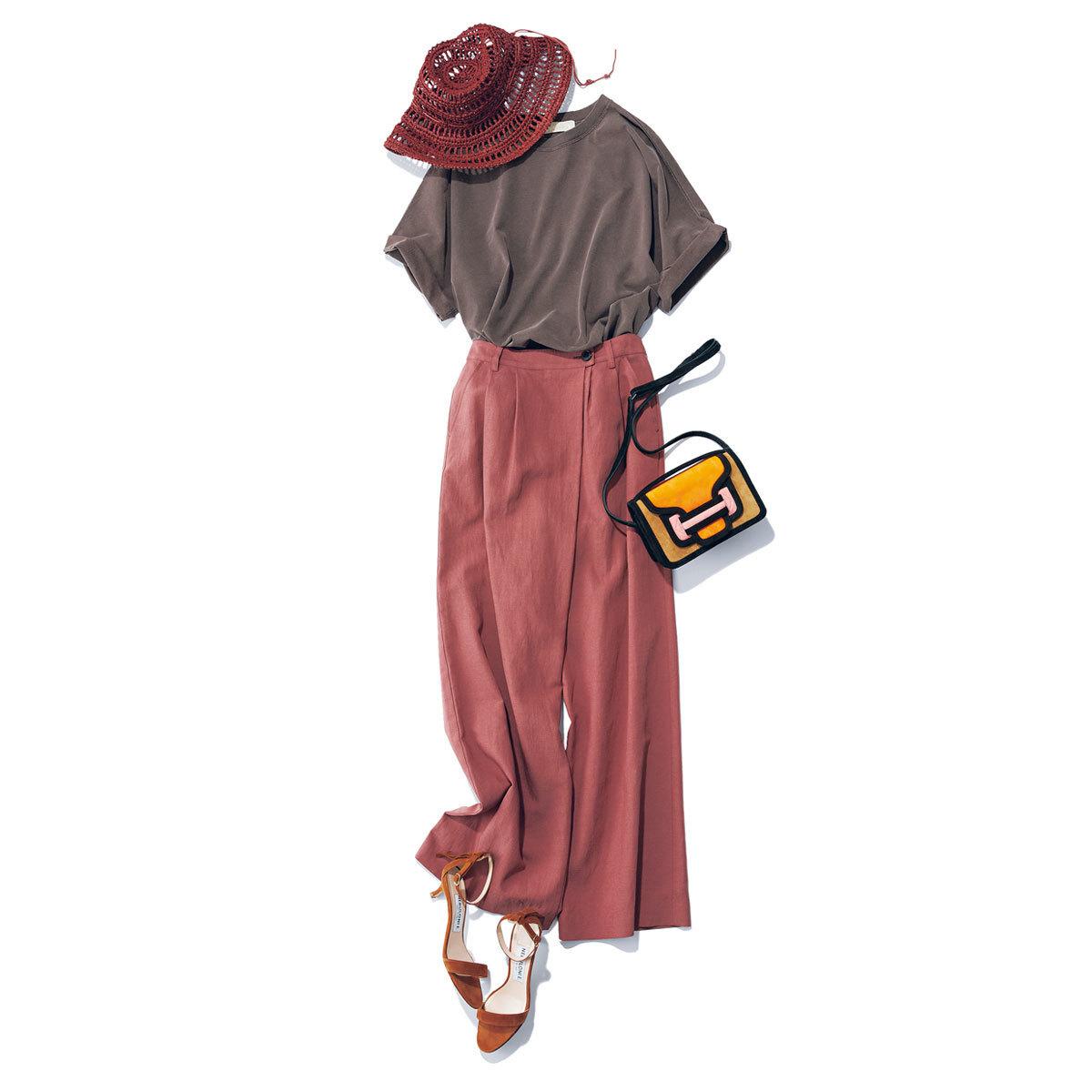 ■アール ジュビリーのモカTシャツ × くすみピンクのタック入りパンツ