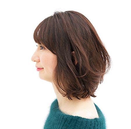 肩ラインのロブなら 揺れ感、毛流れも楽しめる【40代のボブヘア】_1_2