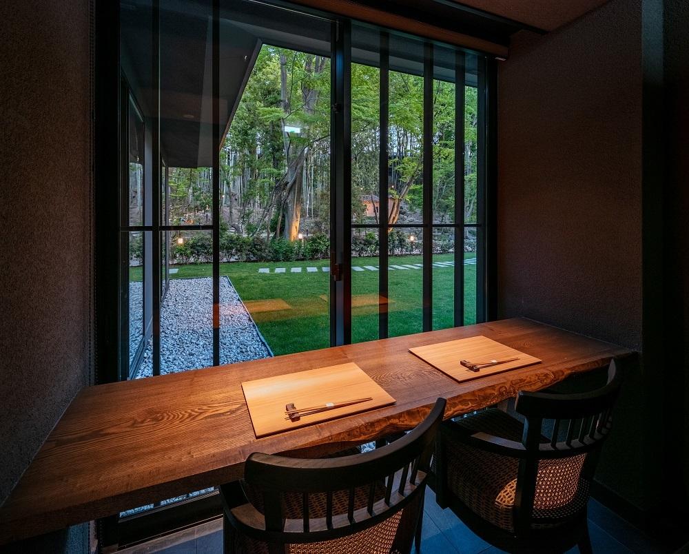 プライベート感を大切にした、ゆとりある個室に準じる空間