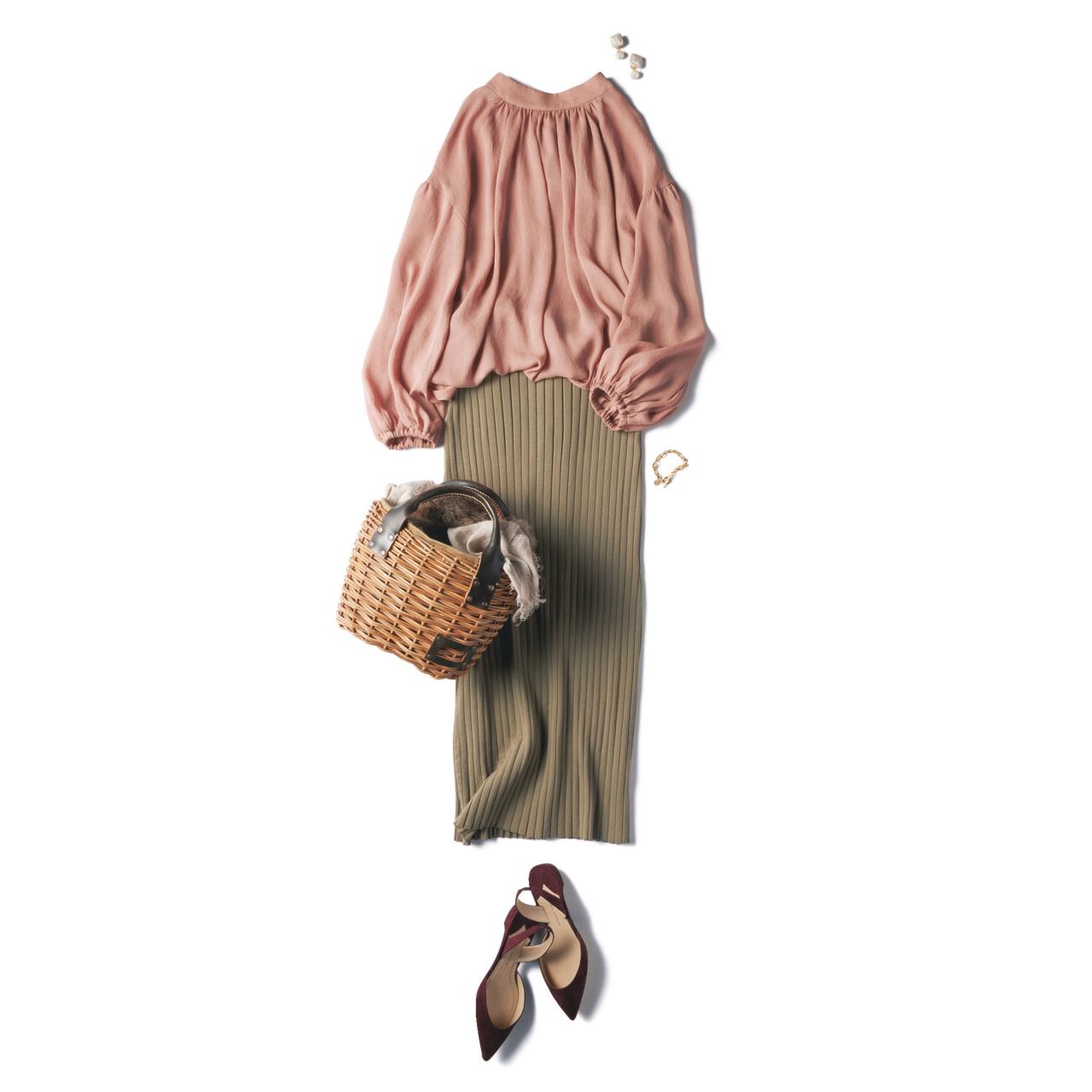 ピンクブラウス×ニットスカートのファッションコーデ