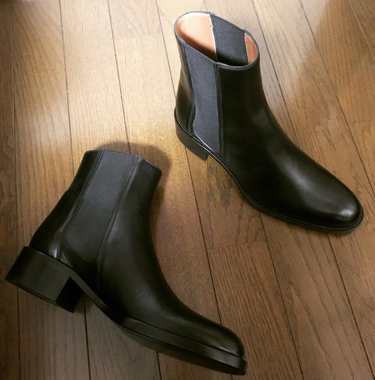 黒ブーツを更新!NEW inしたのは美シルエットでハンサムなSARTORE_1_1