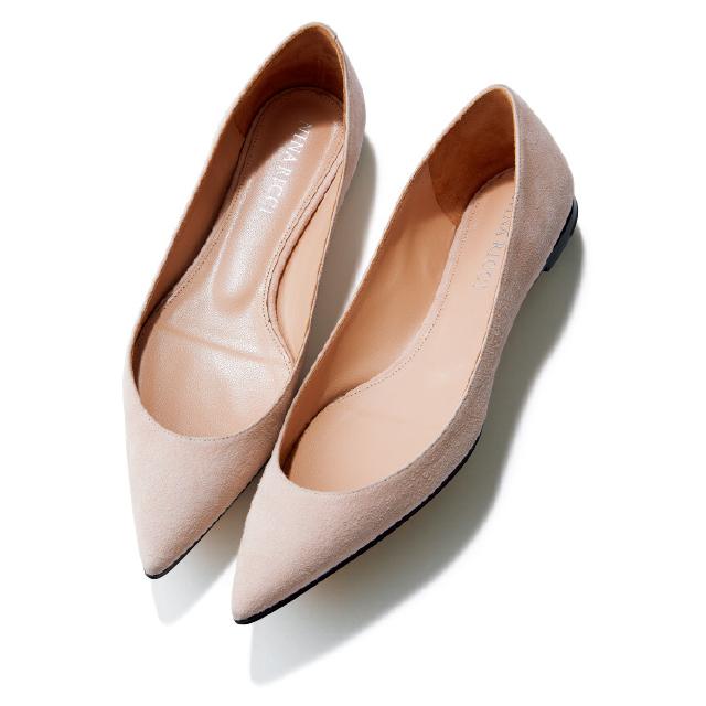 【50代の2020春靴まとめ】ヒールなしでも脚すっきり!ポインテッド&フラット靴のススメ_1_4