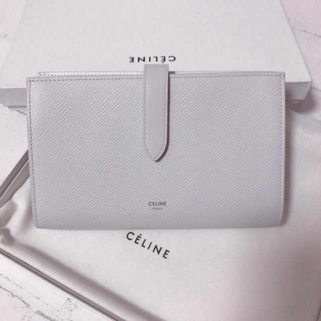 CELINEホワイト長財布が上品で可愛い_1_1