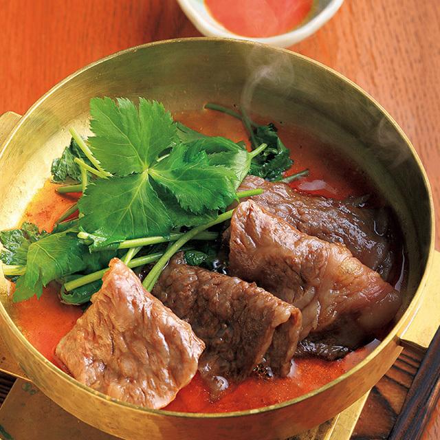 京都市役所前にある和食レストラン「京洛肉料理 かなえ」のすき焼き