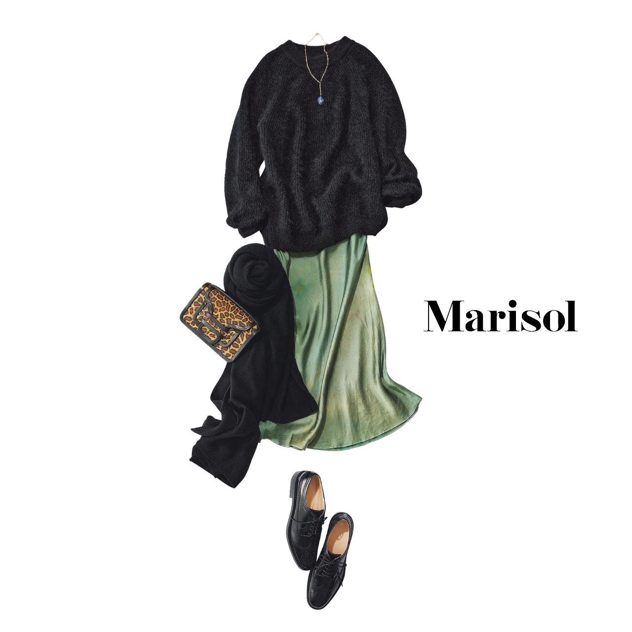 40代ファッション  黒ニット×グリーンスカートコーデ