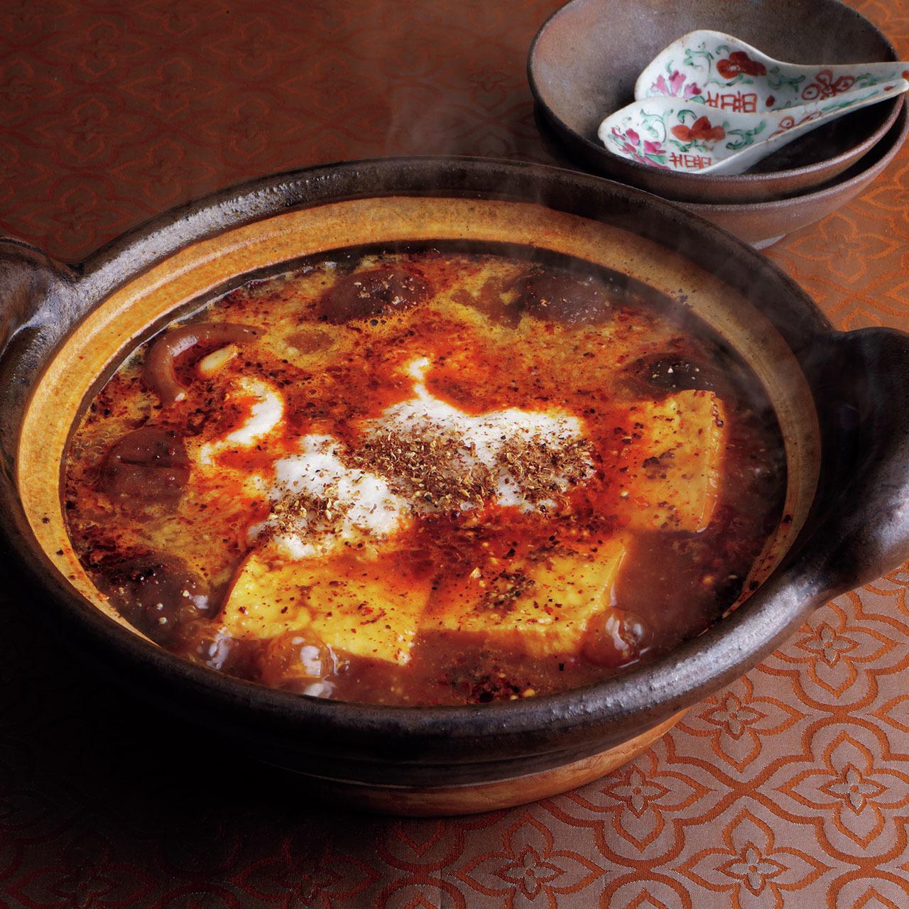 2〜3品の素材で作るシンプル鍋! 料理家ウー・ウェンさんの究極レシピ 五選_1_1-1