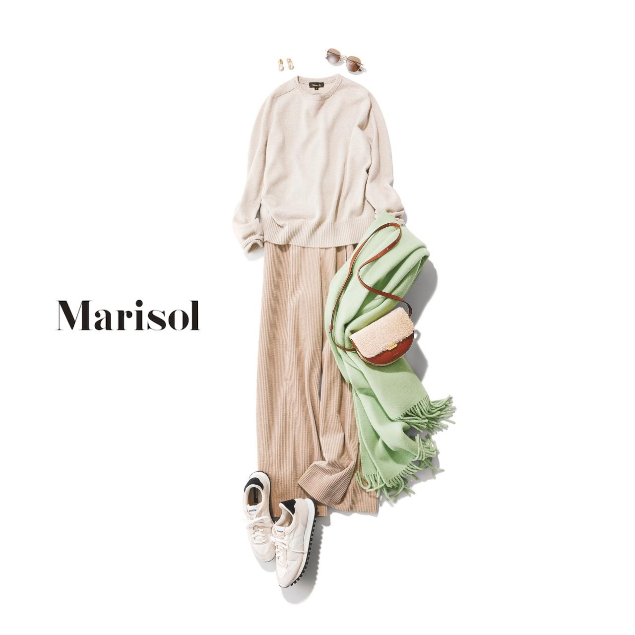 40代ファッション スウエット×コーデュロイパンツコーデ