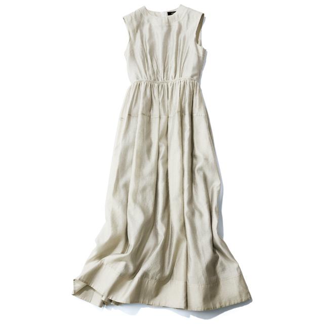 好きな服は一年中着たい!50代のわがままを叶える「オールシーズン服」の活用術