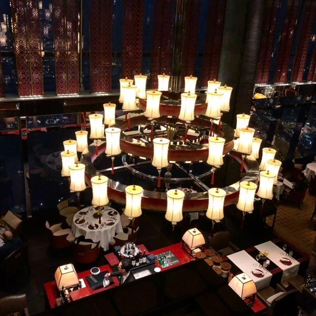 香港最上階で絶景を見ながらミシュラン二つ星の中華を堪能♪_1_2-1
