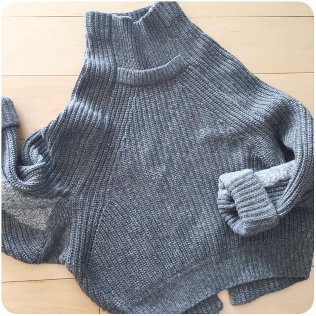 ニット1枚で着るのは今が最適♪トーガプルラのボリュームニットで可愛い40代の初冬ファッション_1_1