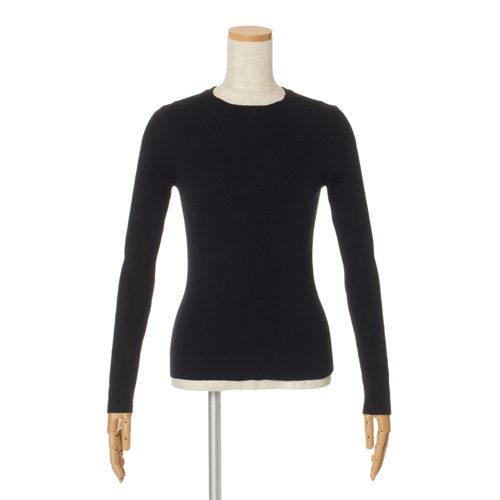 「SLOANE」のニット、「ELIN×éclat」のスカートで着映えるお出かけスタイルが簡単_1_2