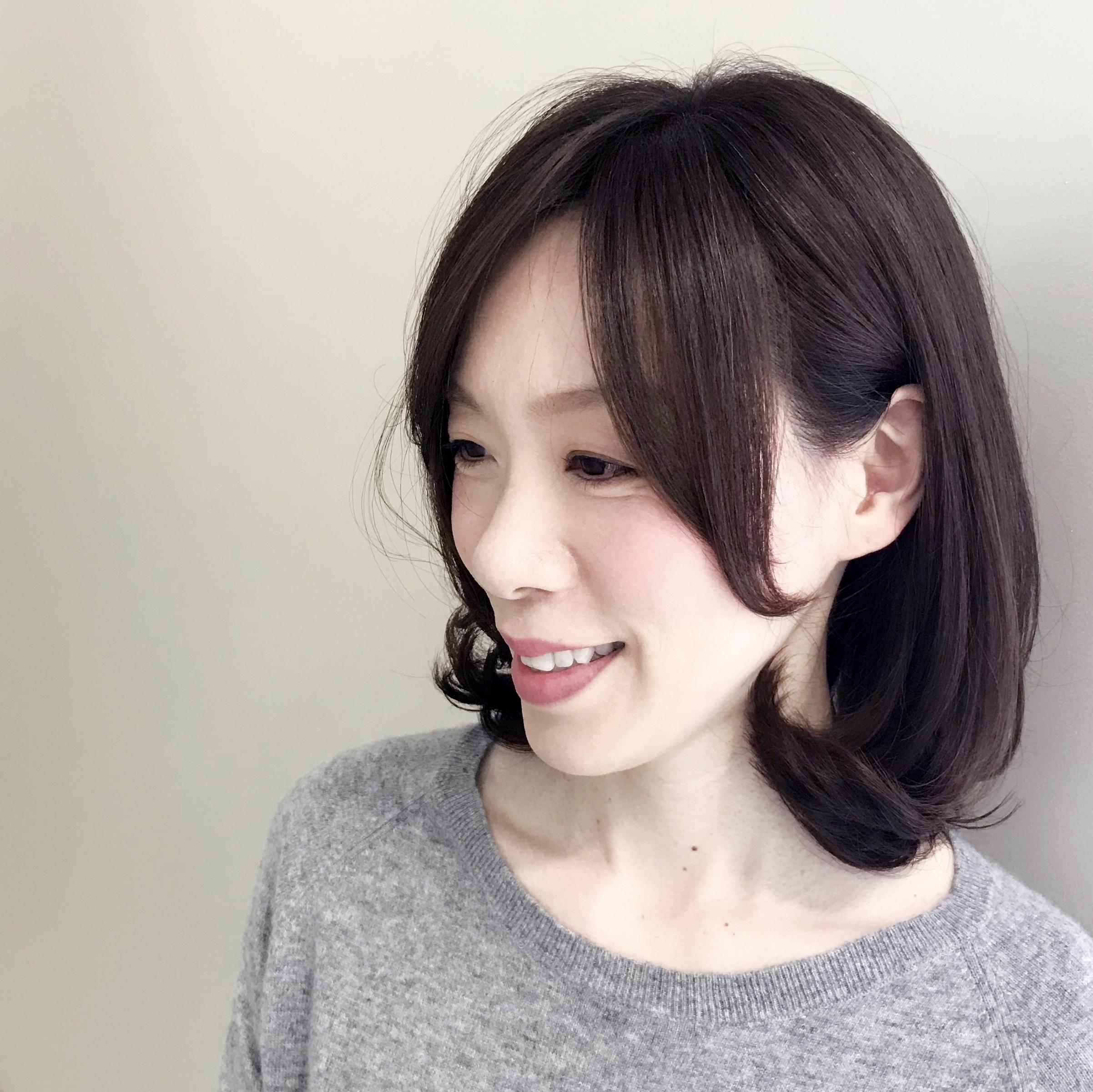 冬髪はゆれ髪。ちょこっとレイヤー&ゆる巻きで女っぷり上々!(たぶん。笑)_1_1-2