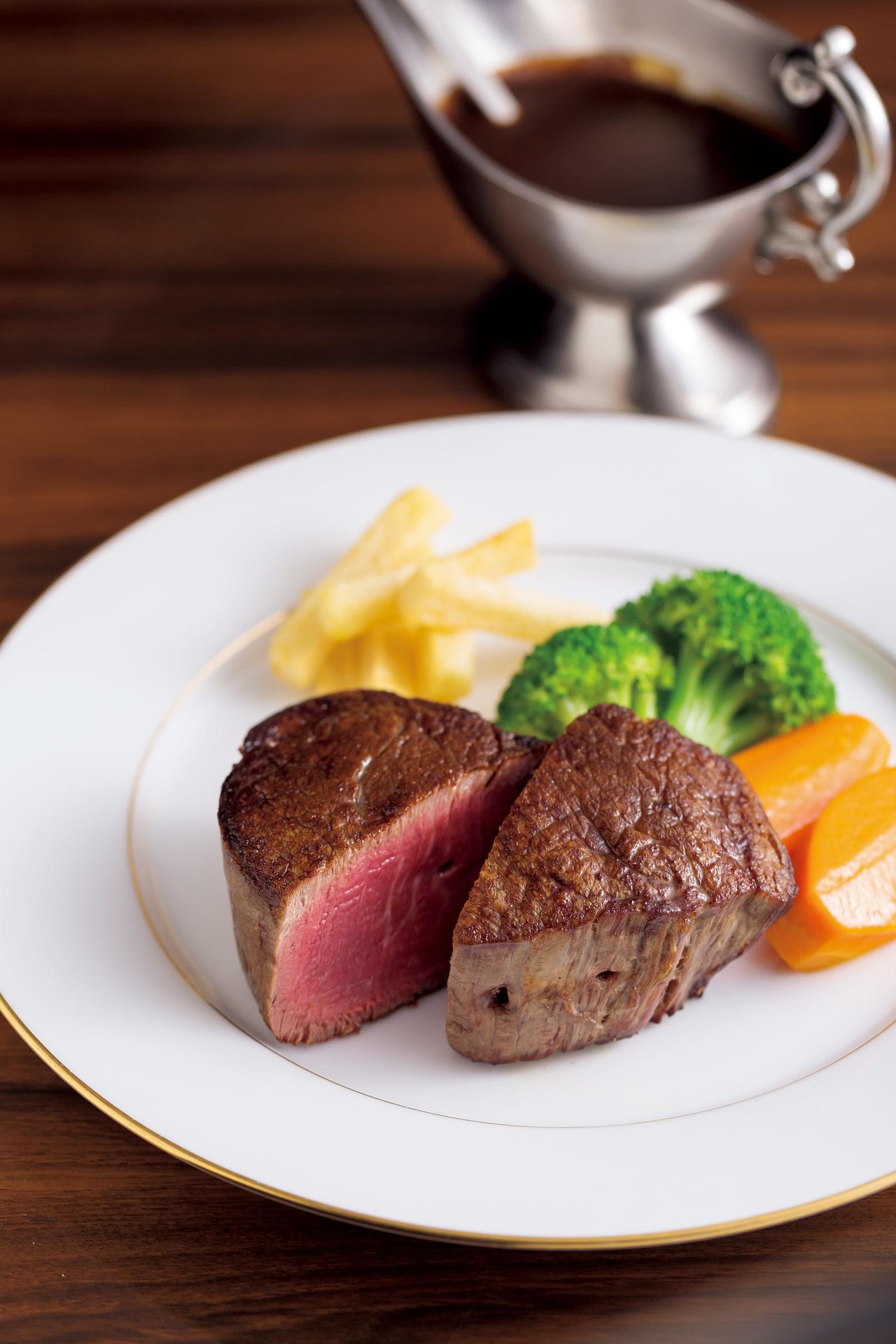 この肉を食べるために旅する! 美味肉に巡り合える全国の名店 五選_1_1