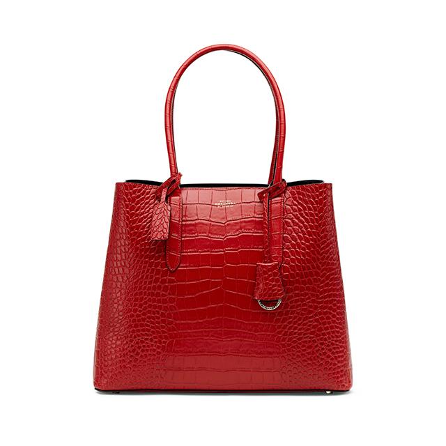 ビジネススタイルを格上げする、 「スマイソン」の リュクスな新作バッグ