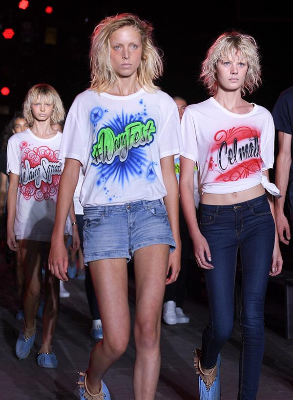 エアーブラシで世界で一つだけのTシャツ&デニムをペイント!「アレキサンダー ワン」青山店_1_1