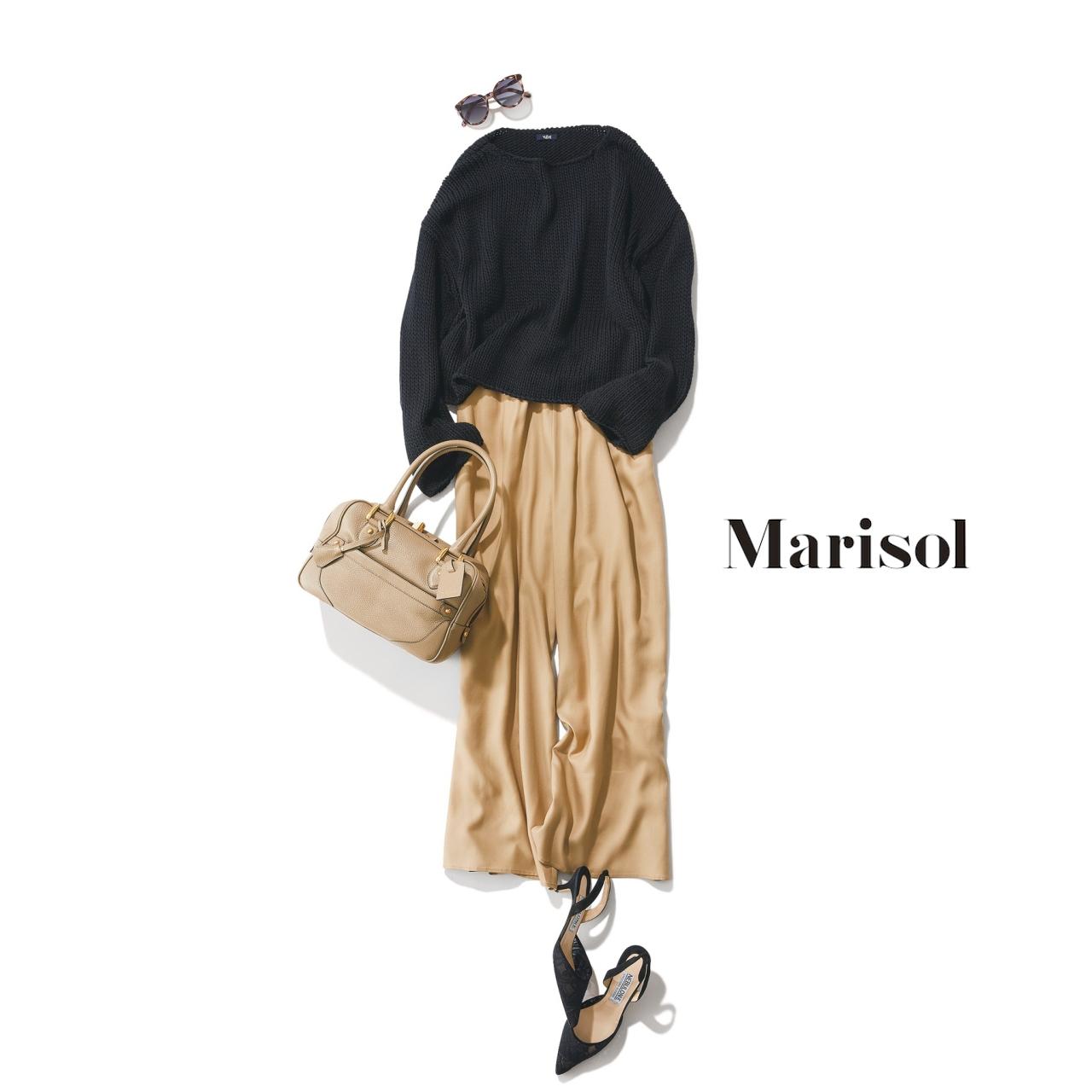 40代ファッション 黒ニット×ベージュとろみパンツコーデ