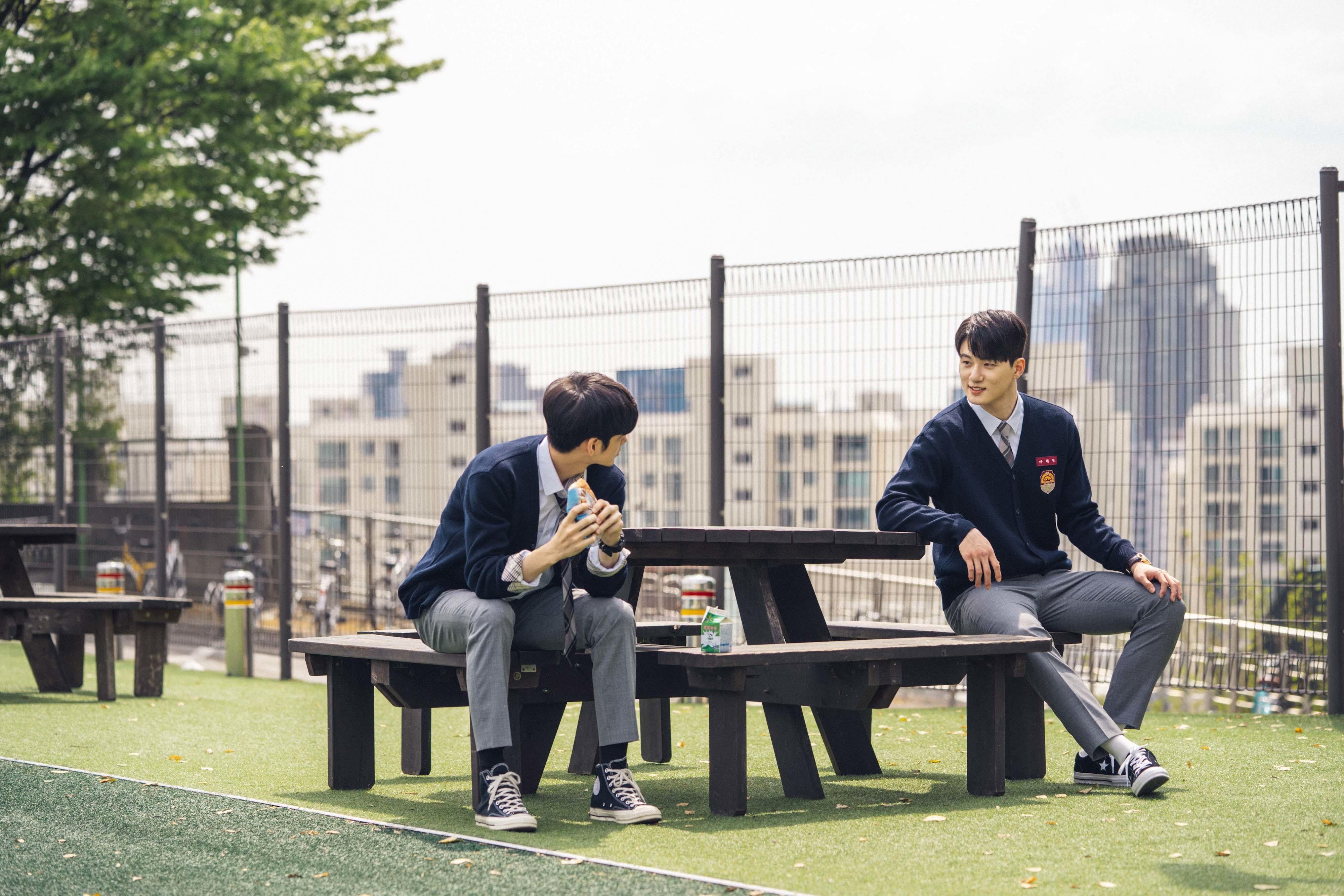 秋の夜長に推したい、韓流ドラマ&映画5選_1_2-4