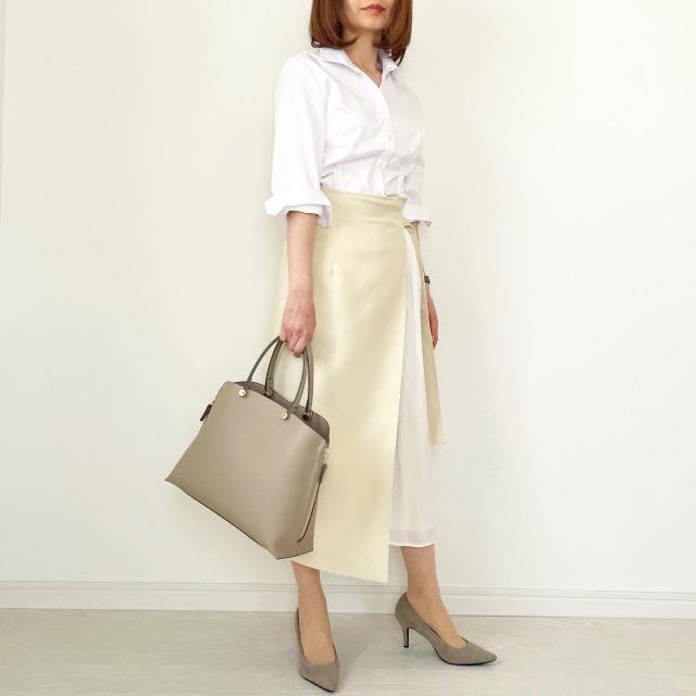 白シャツ×異素材mixスカートできれいめスタイル【tomomiyuコーデ】_1_5