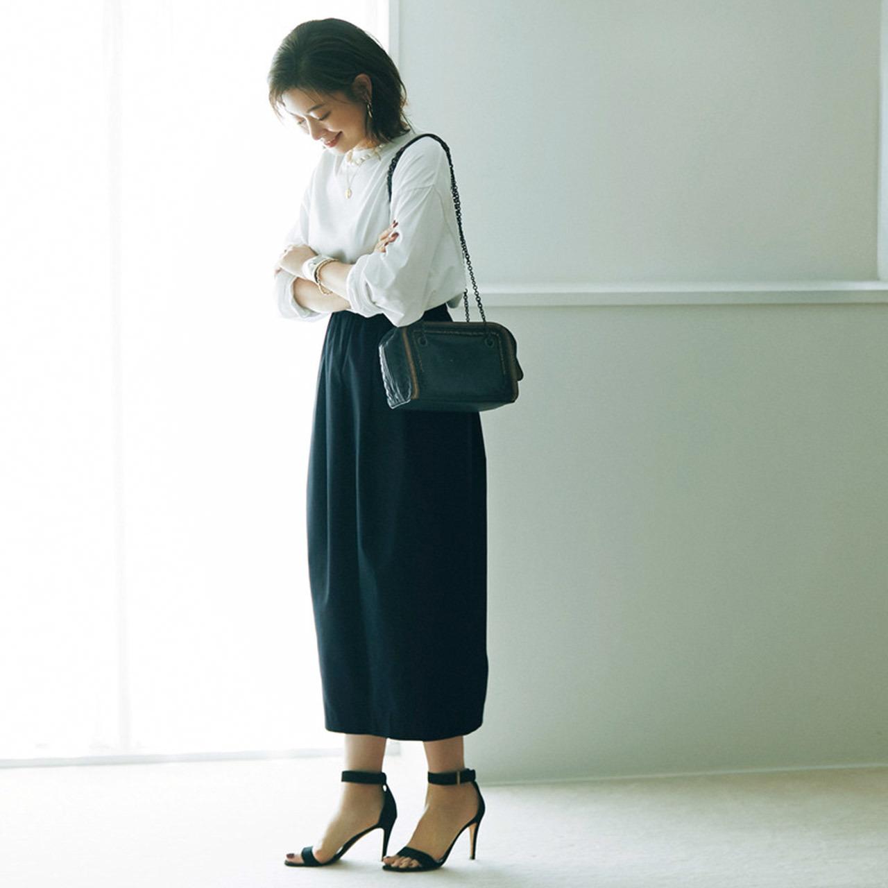 Tシャツ×コクーンスカートコーデ