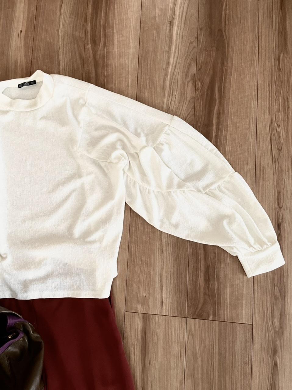 ホンワリ袖の「白ブラウス」_1_2