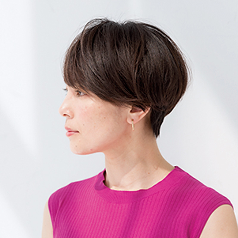 スッキリしているのに女性らしい。女っぷりフェミニンショート【40代のショートヘア】_1_1-2