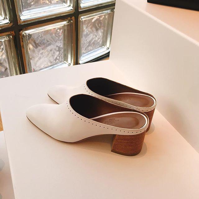 2019年春夏のエルメス展示会へ。美しいアートのような靴たちにテンションアップ!_1_3
