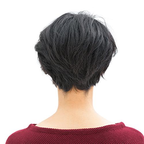 年々強くなるうねりやクセを生かしつつ、ボリュームを調節したショートボブ【40代のショートヘア】_1_3