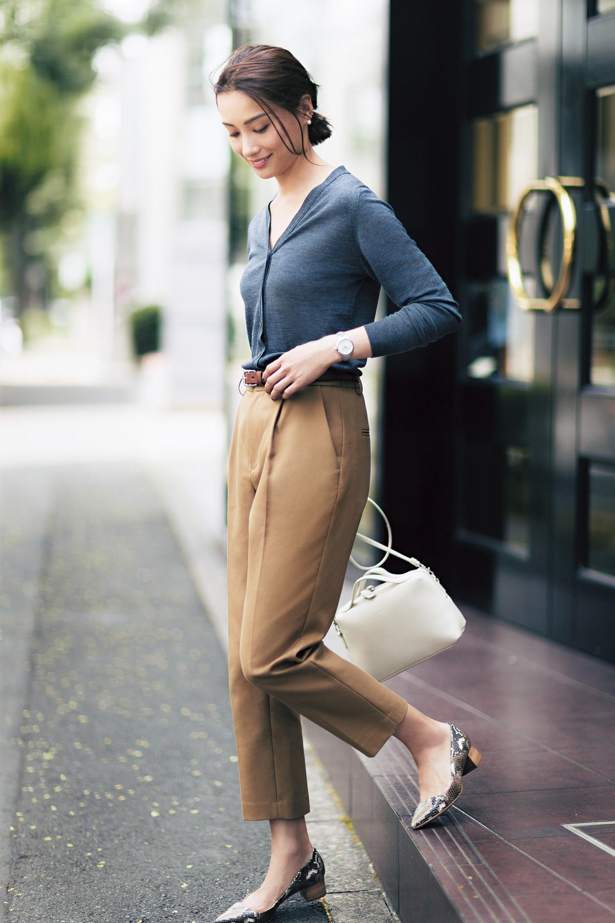 """""""感じのいい仕事服""""のパンツは、女っぷり20%増しコーデで!_2_1"""