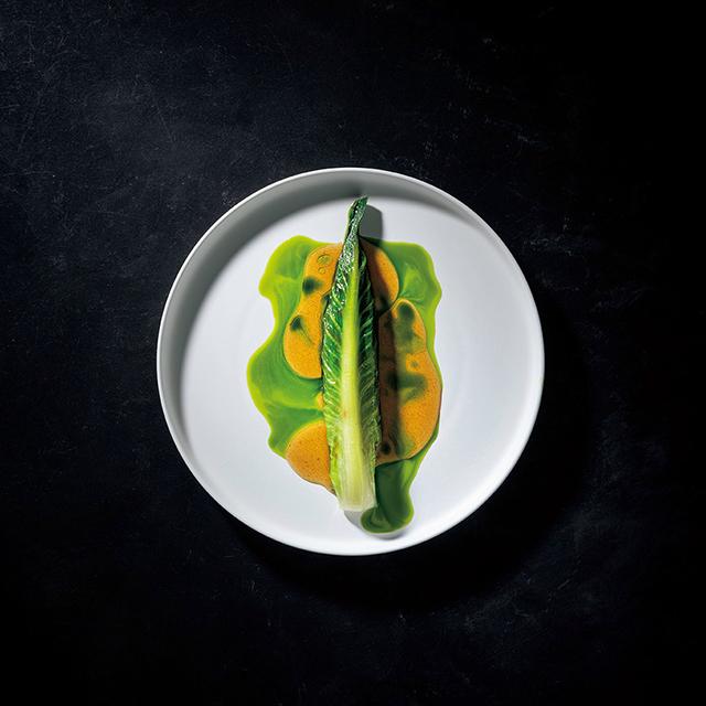 14種ほどの野菜を用いた温かなひと皿。