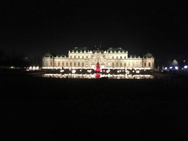 ウィーンのベルヴェデーレ宮殿のクリスマスマーケット_1_4