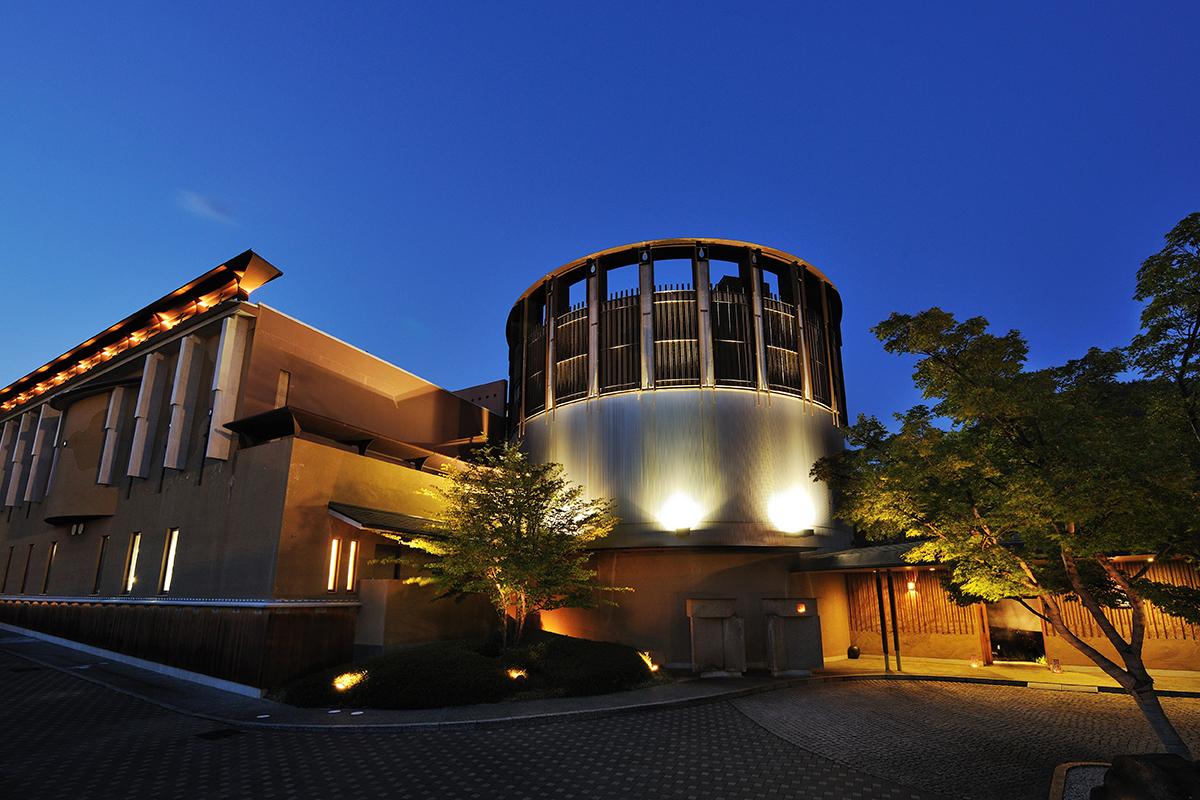 八種十三通りの湯浴みと信州ワインを楽しむ温泉宿「星野リゾート 界 松本」_1_1