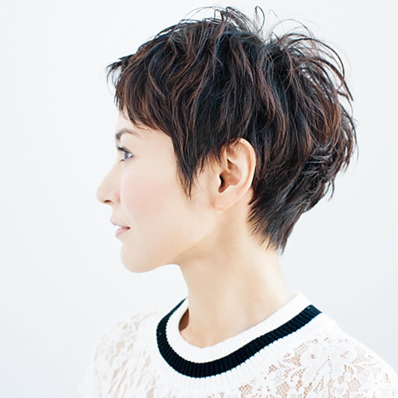クセ毛を生かしたベリーショートで女らしさアップ!【40代のショートヘア】_1_2