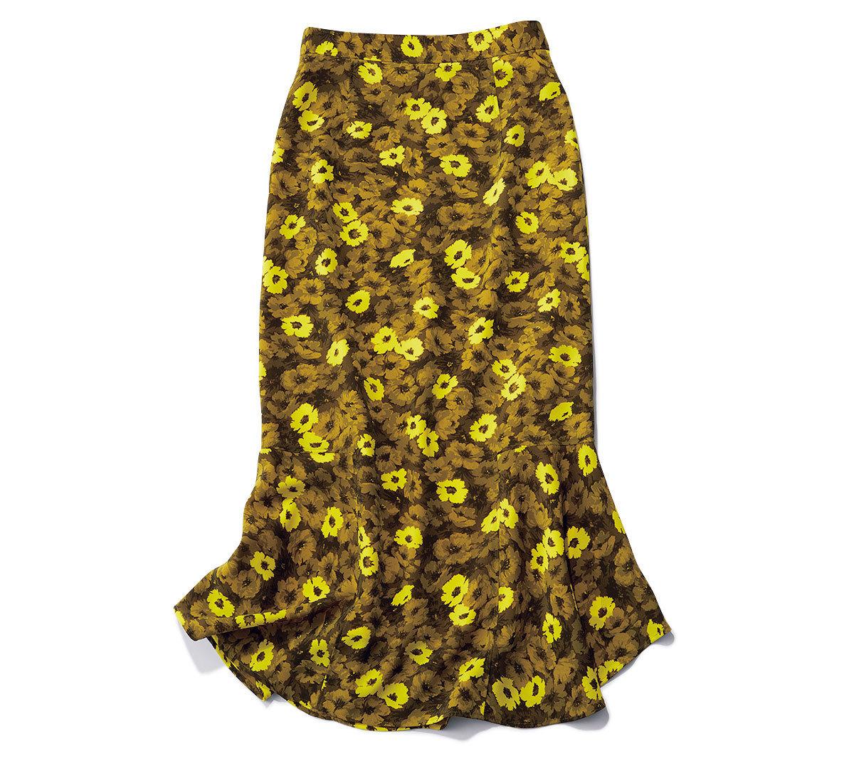 スカート¥26,400(ヴェルメイユ パー イエナ)/ヴェルメイユ パー イエナ 青山店