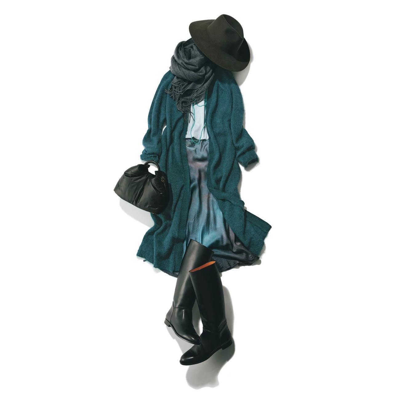 ■ロングカーディガン×スカート×ロングブーツのはおりコーデ