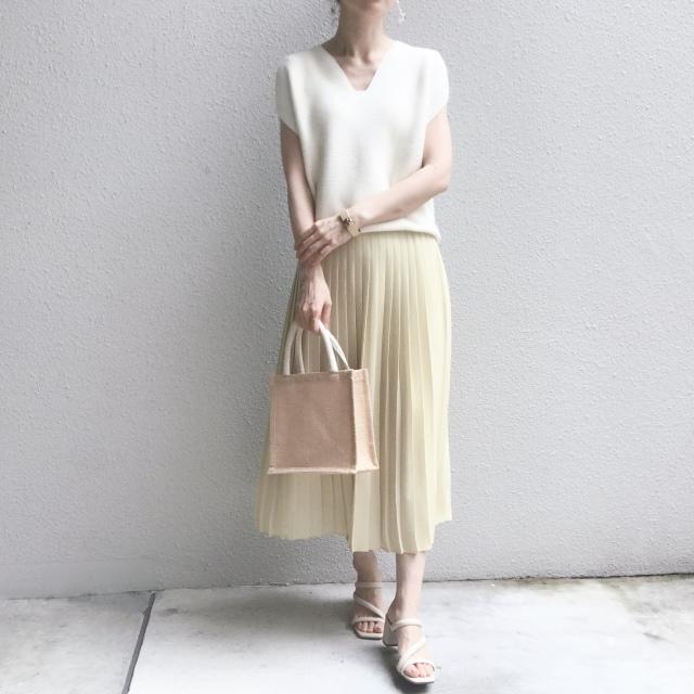 【ユニクロ】定価でも迷わず買った新色のプリーツスカート_1_4
