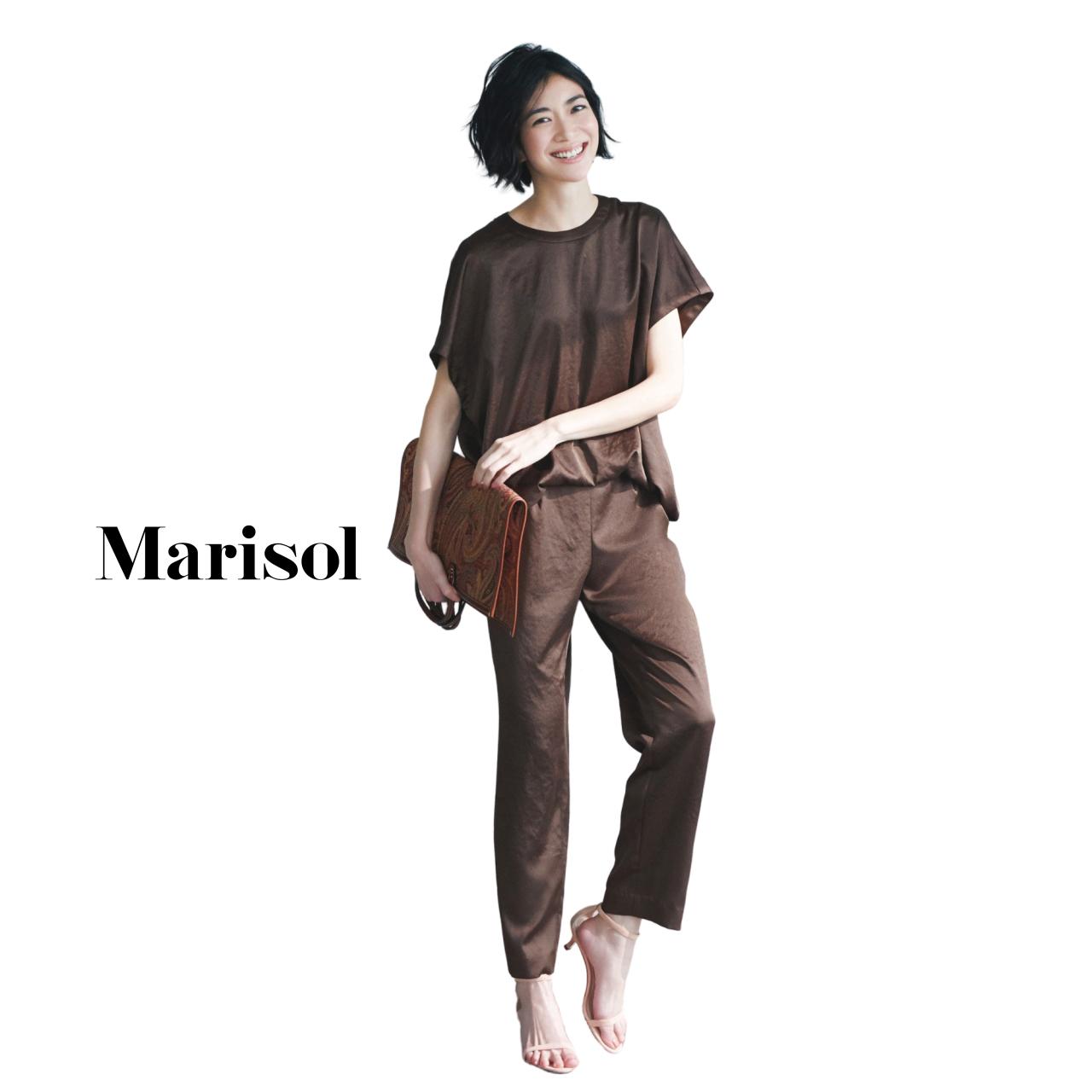 40代ファッション チョコレートカラーTシャツ×パンツコーデ