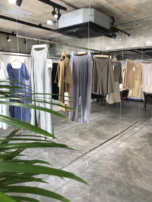 服を大切にする女性に向けたブランド【Rut ラット】 2021SS展示会へ_1_1-1
