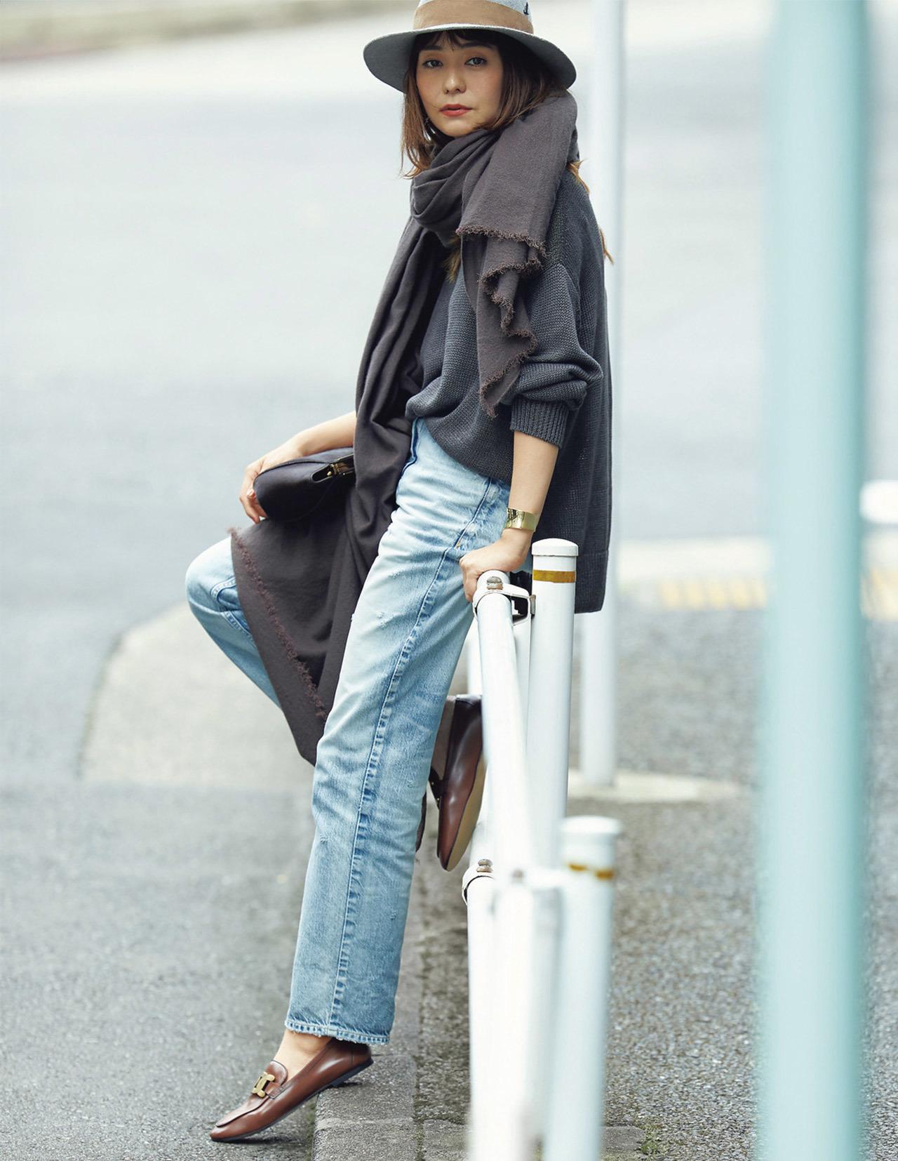 平均気温25度の初秋にベストな服装は? 季節の変わり目に着たいコーデ|40代ファッションまとめ_1_10