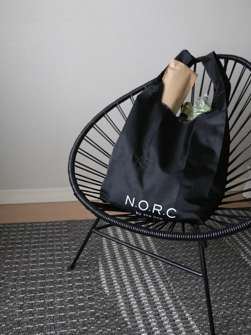 N.O.R.Cのショッパーバッグでお買い物