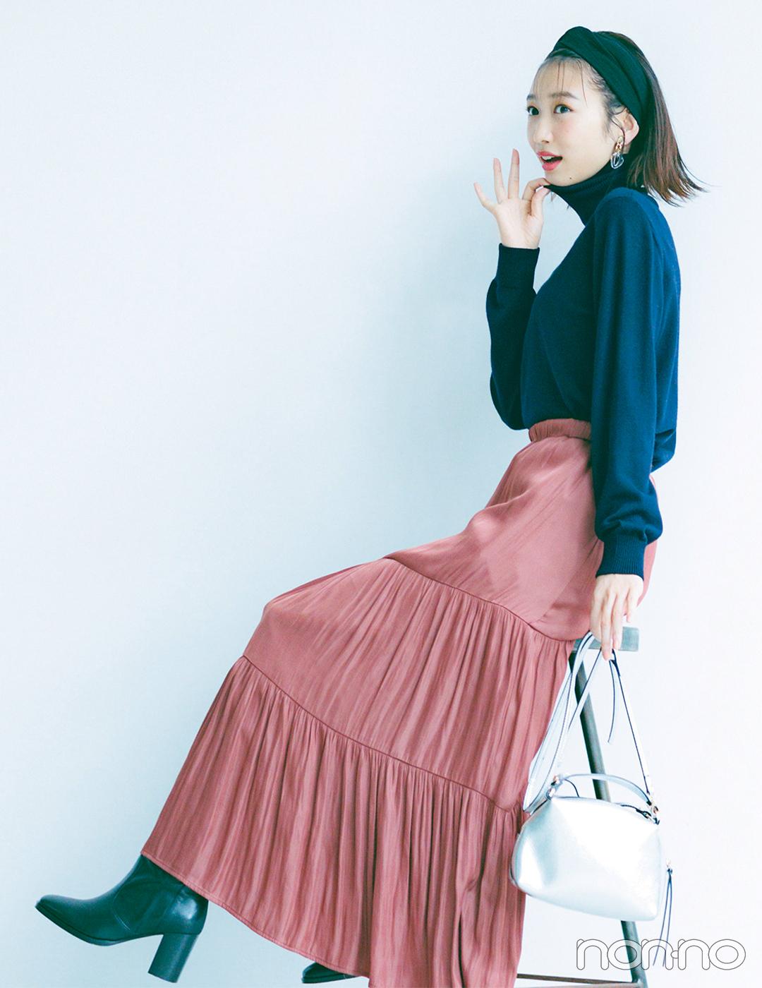 色もシルエットも主役級スカートは大人見えトップス合わせが好バランス【毎日コーデ】