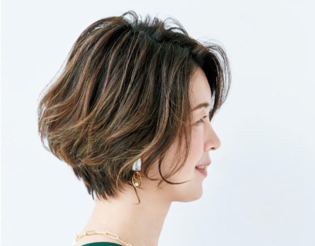 【50代の最新ヘアカラー】「立体感ハイライト」なら明るい髪色を長期間楽しめる!