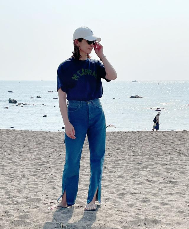 40代にベストなロゴTシャツとは? 大人に似合う夏の最旬ロゴTシャツコーデまとめ|美女組Pick up!_1_34