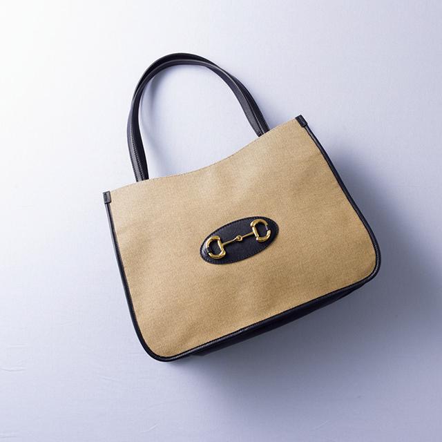 大人顔のシックなグッチのハンドバッグ
